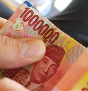 bali_money_currency