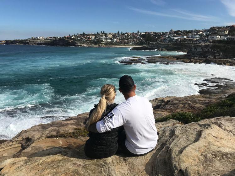 travel_couple_australia