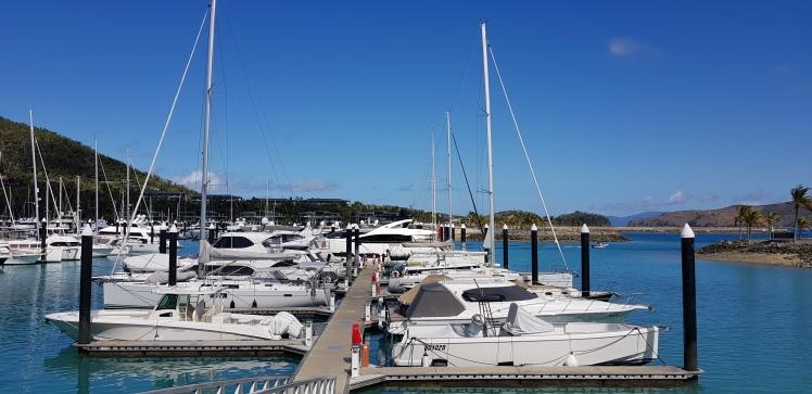 marina_hamilton_island